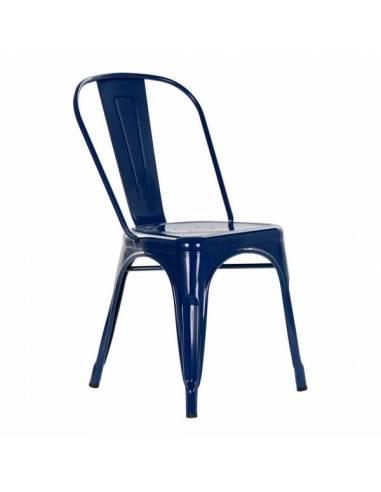 Silla metálica pintura azul de estilo vintage. Un atractivo diseño para una funcional silla